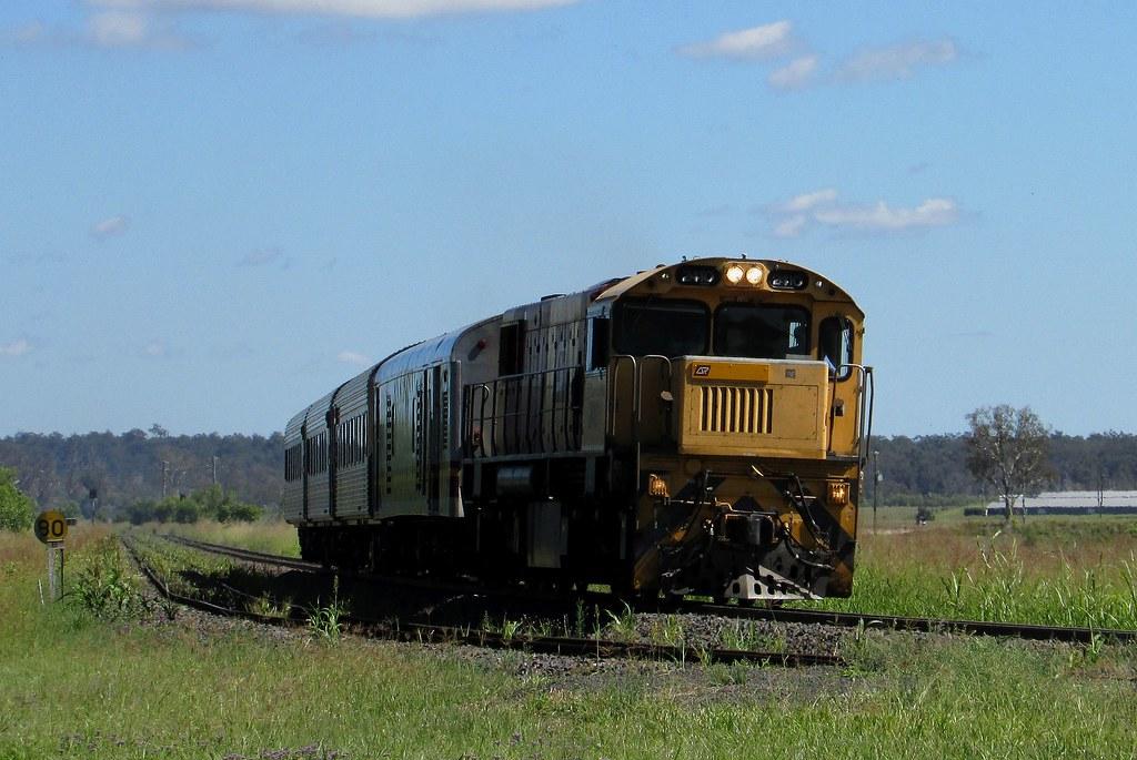 Queensland Rail - Westlander by Shawn Stutsel