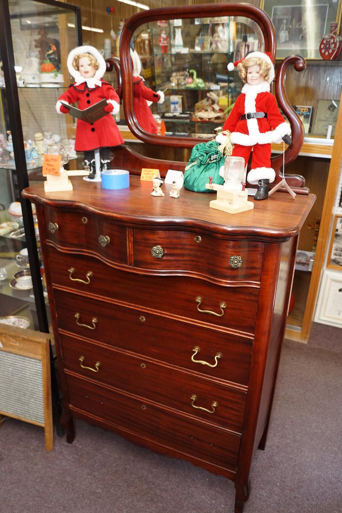 Sale at Castle Rock Mercantile Antique Mall DSC01423