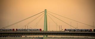 Kölner Brücke | by ZoneFlow