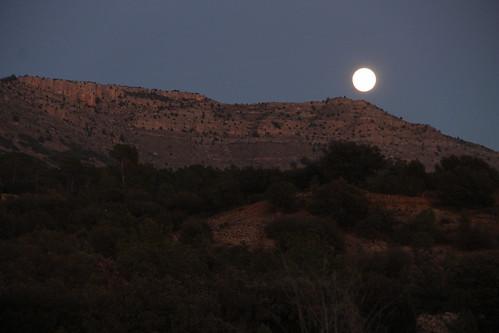luna sobre santa isabel