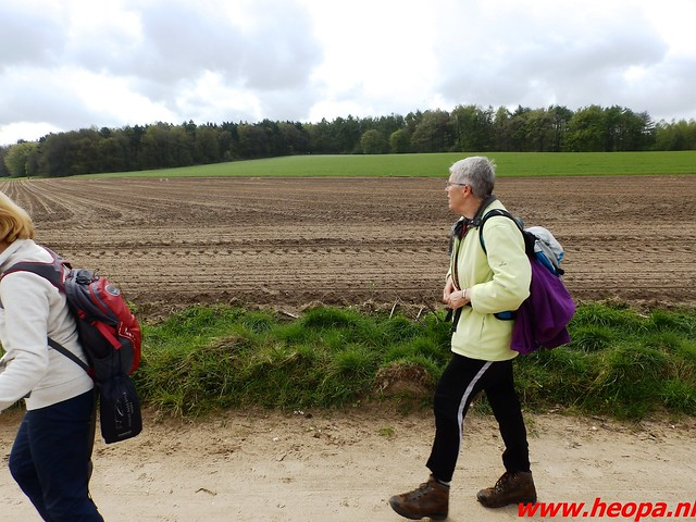 2016-04-30   Lentetocht  (klim) wandeling 40 Km  (42)
