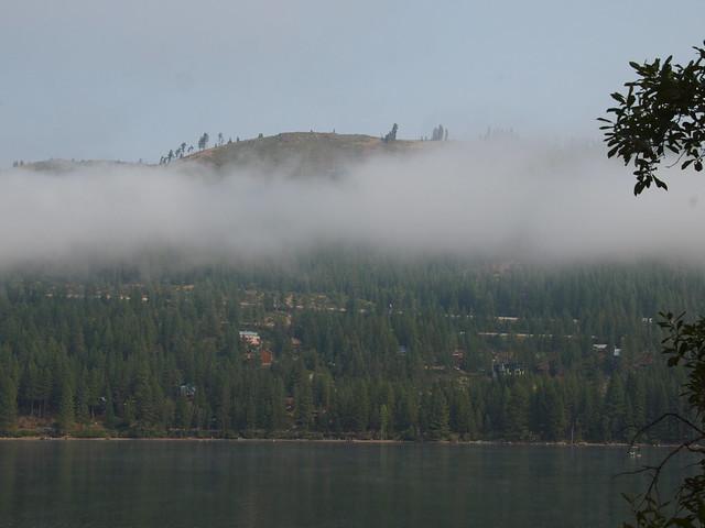 O8080039 Donner Lake morning low clouds