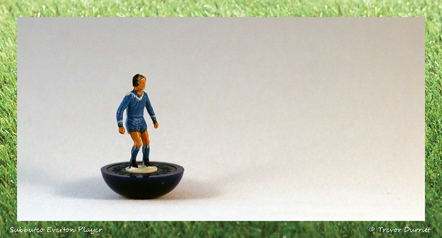Subbuteo Everton Player IMG_4802 Canon EOS 600D + Sirius 28mm f2.8 Macro