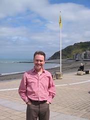 STJ a baner Fflandrys, y Prom, Aberystwyth