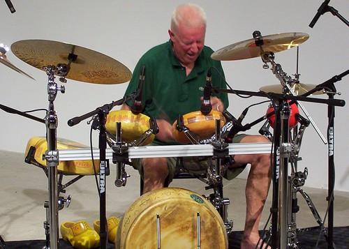 Bennink drums cheese 2