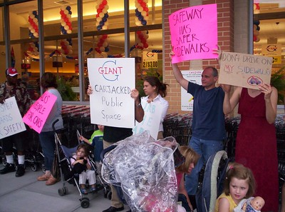 Protest at Giant Supermarket
