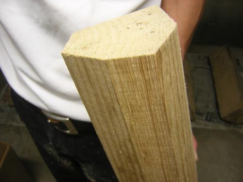桐の木側面