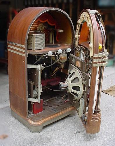 1946 Wurlitzer model 1015 78 RPM Jukebox | wilkesjournal | Flickr