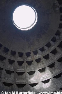 The oculus of the Pantheon, Rome | by Ian M Butterfield