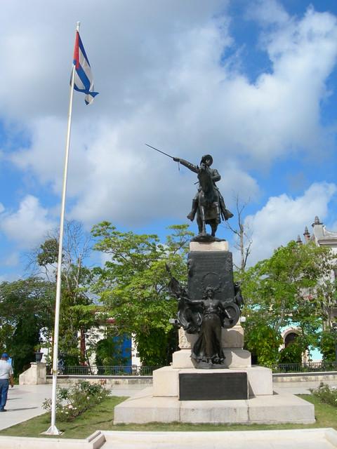 Parque Ignacio Agramonte, Camaguey, with Ignacio himself