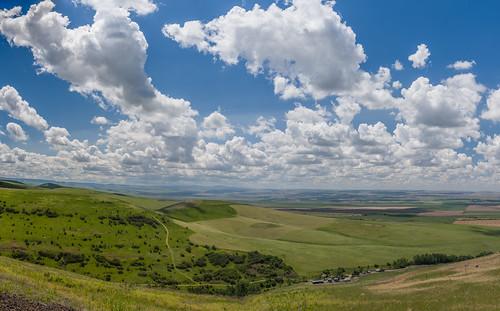 panorama green clouds oregon us unitedstates may fav20 farms pendleton overlook i84 partlycloudy farmlands fluffyclouds easternoregon pendelton fav10 3shotpano