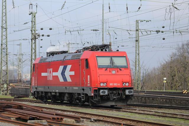 HGK/RheinCargo 185 582 Basel Badischer Bahnhof