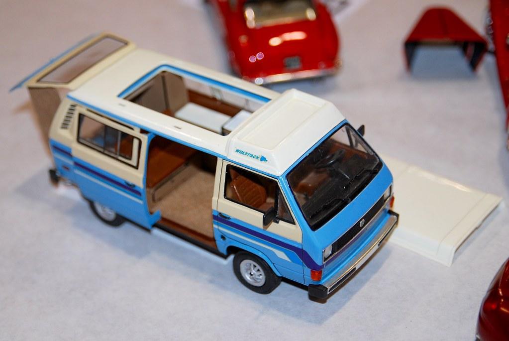 Revell VW T-3 Vanagn / Caravelle Camper DSC_0155 | Bill Abbott | Flickr