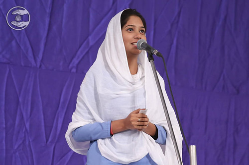 Devotional song by Sakshi from Tuglakabad