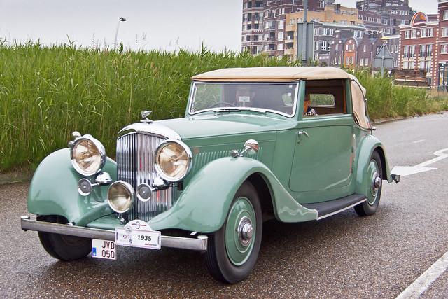 Bentley 3½ Litre Park Ward Drop Head Coupé 1935 (6862)