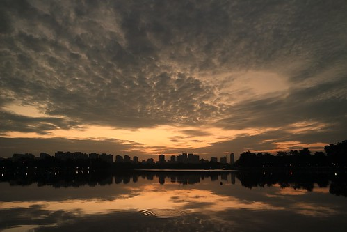 park cloud lake water sunrise singapore ripples splash juronglake