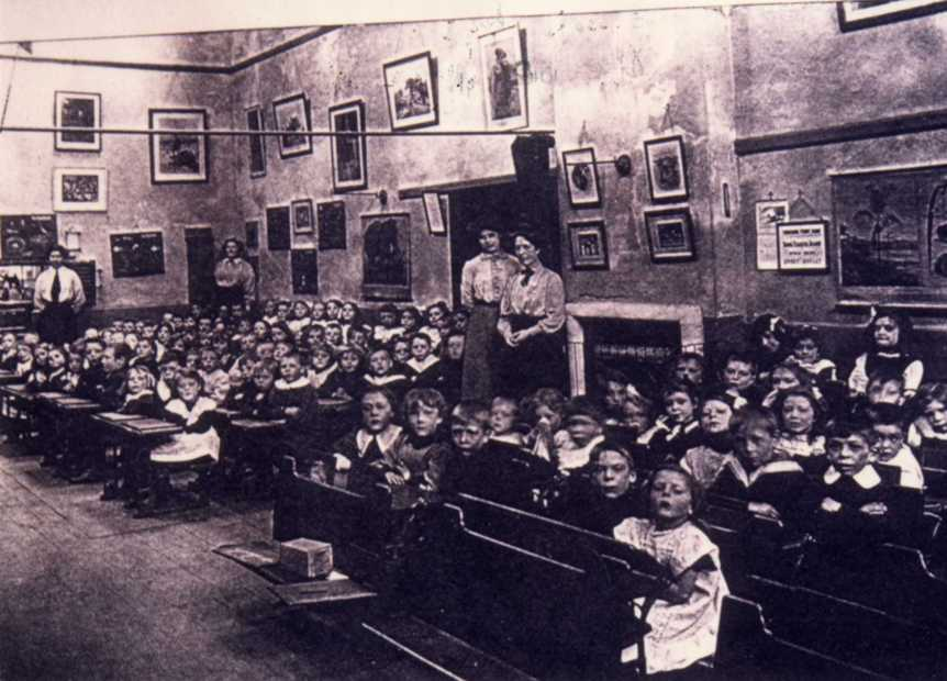 Beckside Infants c.1900s (archive ref DDPD-2-2-8)