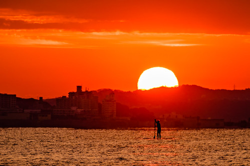 morning sea sun beach japan sunrise morninglight enoshima sup kawagawa standuppaddle sal70300g ilce7m2