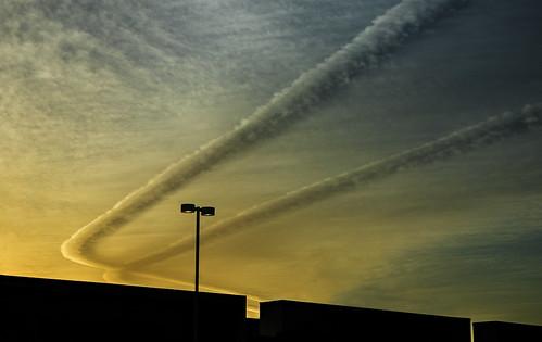 ca light sunset sky urban clouds buildings minimal traderjoes contrails ventura bevmo 5069 nearpacificviewmall