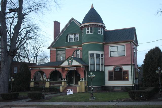 Mansion, Sharon, PA