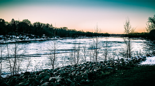winter sunset snow ice minnesota us unitedstates mississippiriver saintcloud stcloud bentoncounty saukrapids waitepark