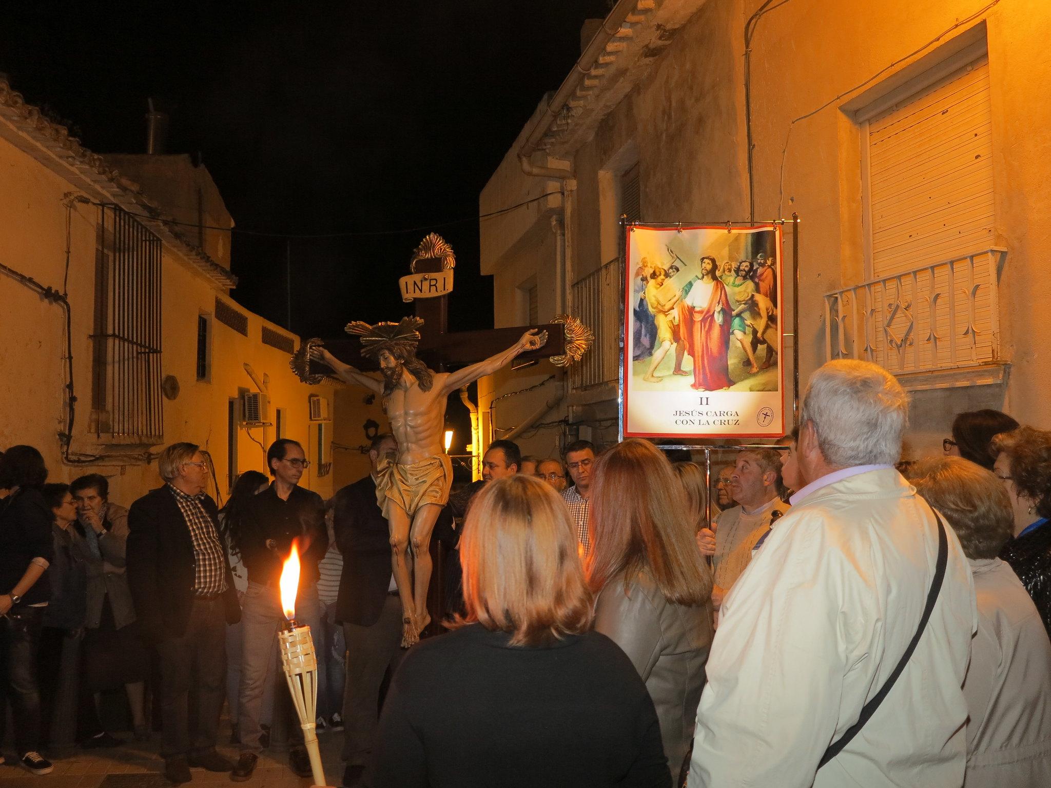 (2014-04-01) - V Vía Crucis nocturno - Antonio José Verdú Navarro (12)