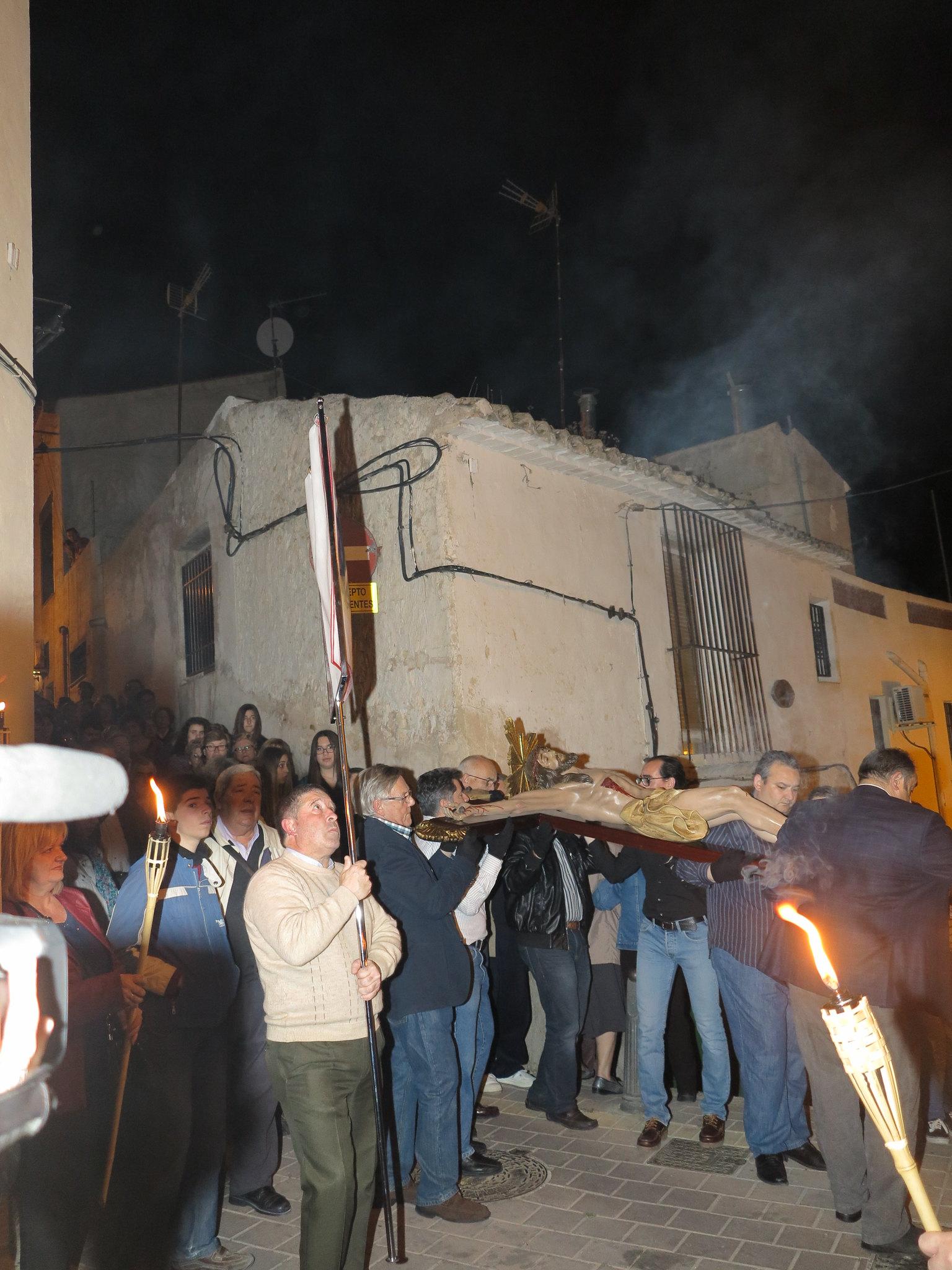 (2014-04-01) - V Vía Crucis nocturno - Antonio José Verdú Navarro (11)