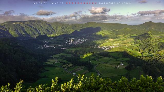 Luz de la tarde en el valle de Las Furnas isla de Sâo Miguel en el Archipiélago de las Azores
