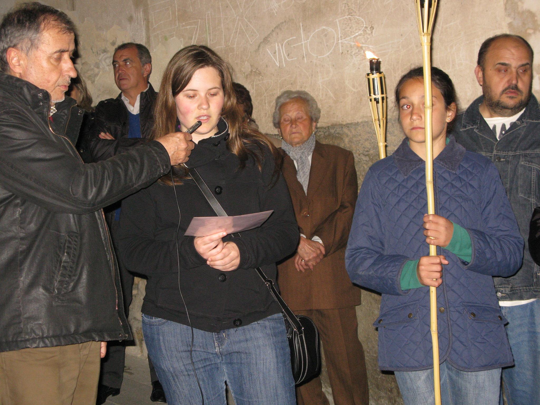 (2011-04-15) - II Vía Crucis nocturno -  Antonio Verdú Navarro (38)