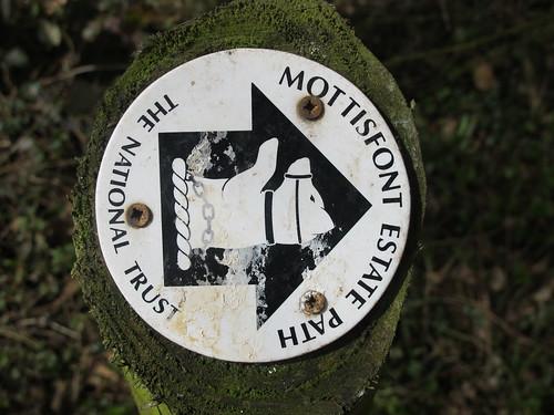 Mottisfont Estate Path Marker SWC Walk 58 Mottisfont and Dunbridge to Romsey taken by Karen C.