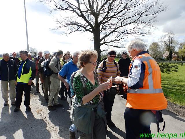 2016-04-12         2 daagse Lunteren      1e dag  25 Km  (52)