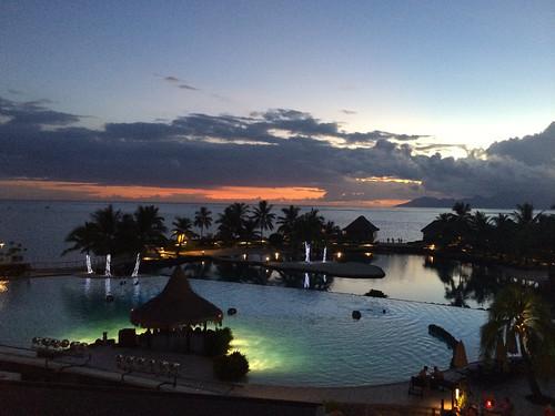 sunset twilight tahiti southpacific frenchpolynesia societyislands papeete