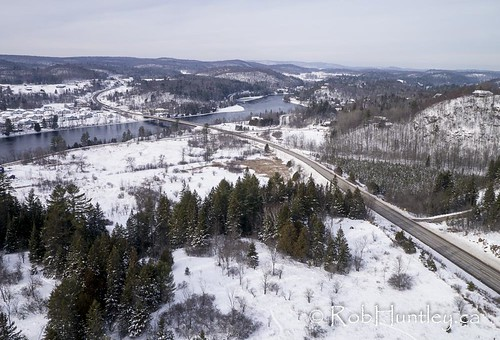 road winter canada river photography photo quebec aerialview aerial photograph valley wakefield kap chemin kiteaerialphotography aeriallandscape gatineauriver cheminedelweiss