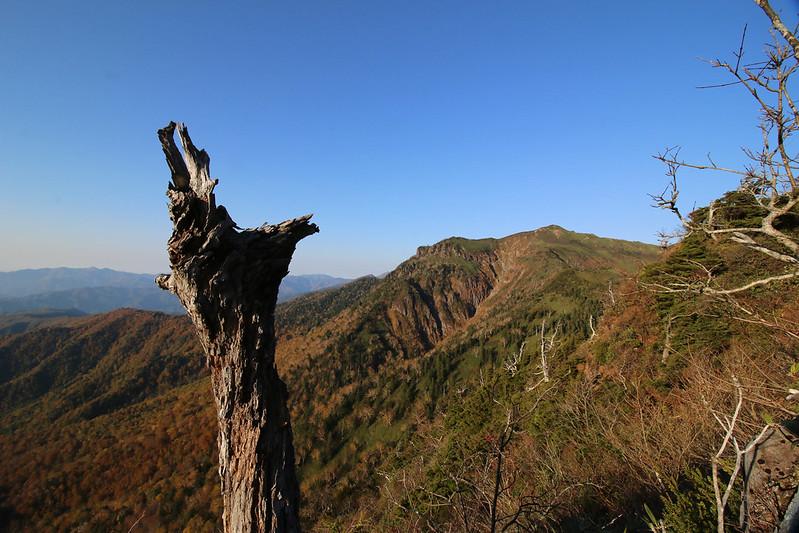 武尊山 下山
