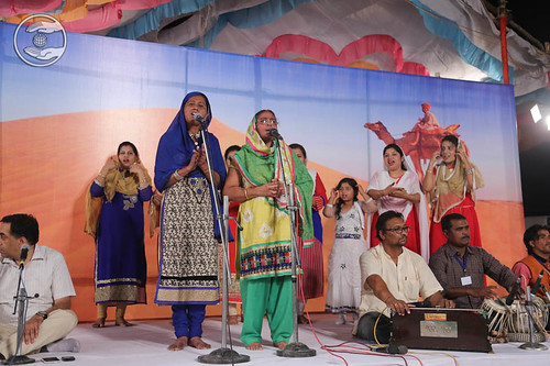 Sindhi devotional song by Kaushalya and Saathi from Barmer