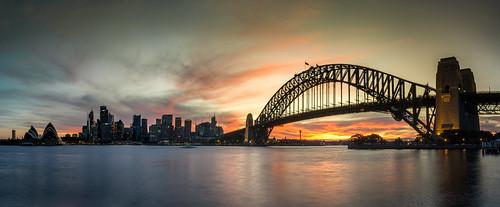 longexposure sunset opera nightshot cove sony sydney australia circularquay operahouse sydneybridge citiscape sydneyopera a6000 johnnguyen0297