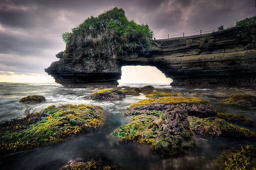 sunset sea bali seascape beach nature water rock indonesia landscape waves gloomy cloudy dri hdr highdynamicrange tanahlot k3 photomatixpro leefilter hishammarmincom hishammarmin pentaxk3 pentaxsmcpda1224mmf4edalif boatlee105mmlandscapepolariser