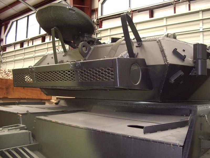 FV721 Fox CVR 8