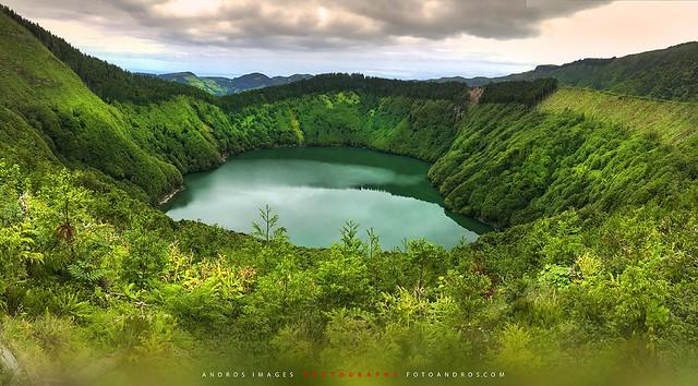 La enigmática Laguna de Santiago, en el entorno de las 7 cidades. Azores Portugal (Fotografía del móvil)