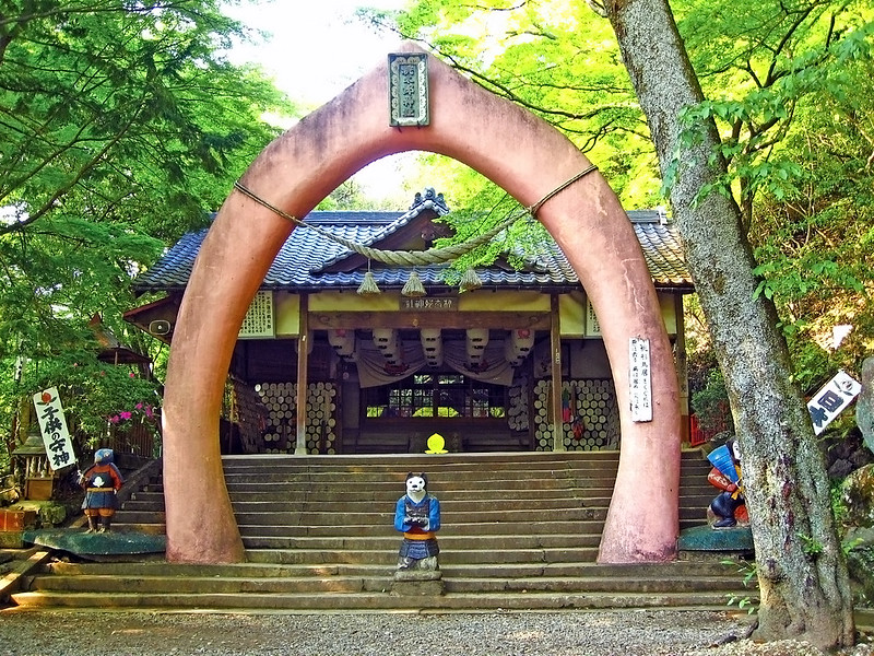 Momotaro Shrine : 桃太郎神社