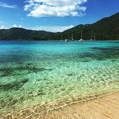 And then the comes out, St Thomas. Brewers Bay Beach by edpiot