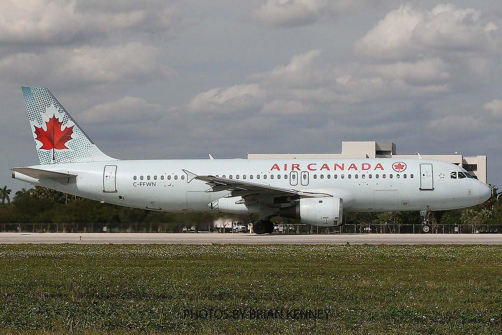 AIR CANADA A320-211