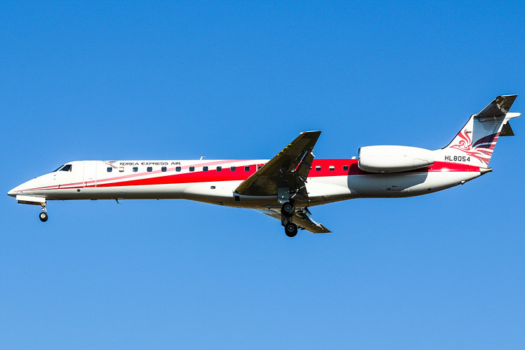 HL8054 Korea Express Air Embraer ERJ-145ER (EMB-145ER)