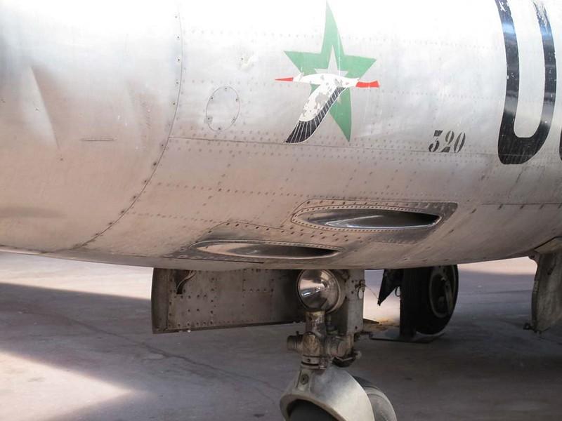 Dassault M.D.450 Ouragan 4