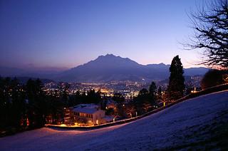 Night-Luzern-panorama-with-Pilatus