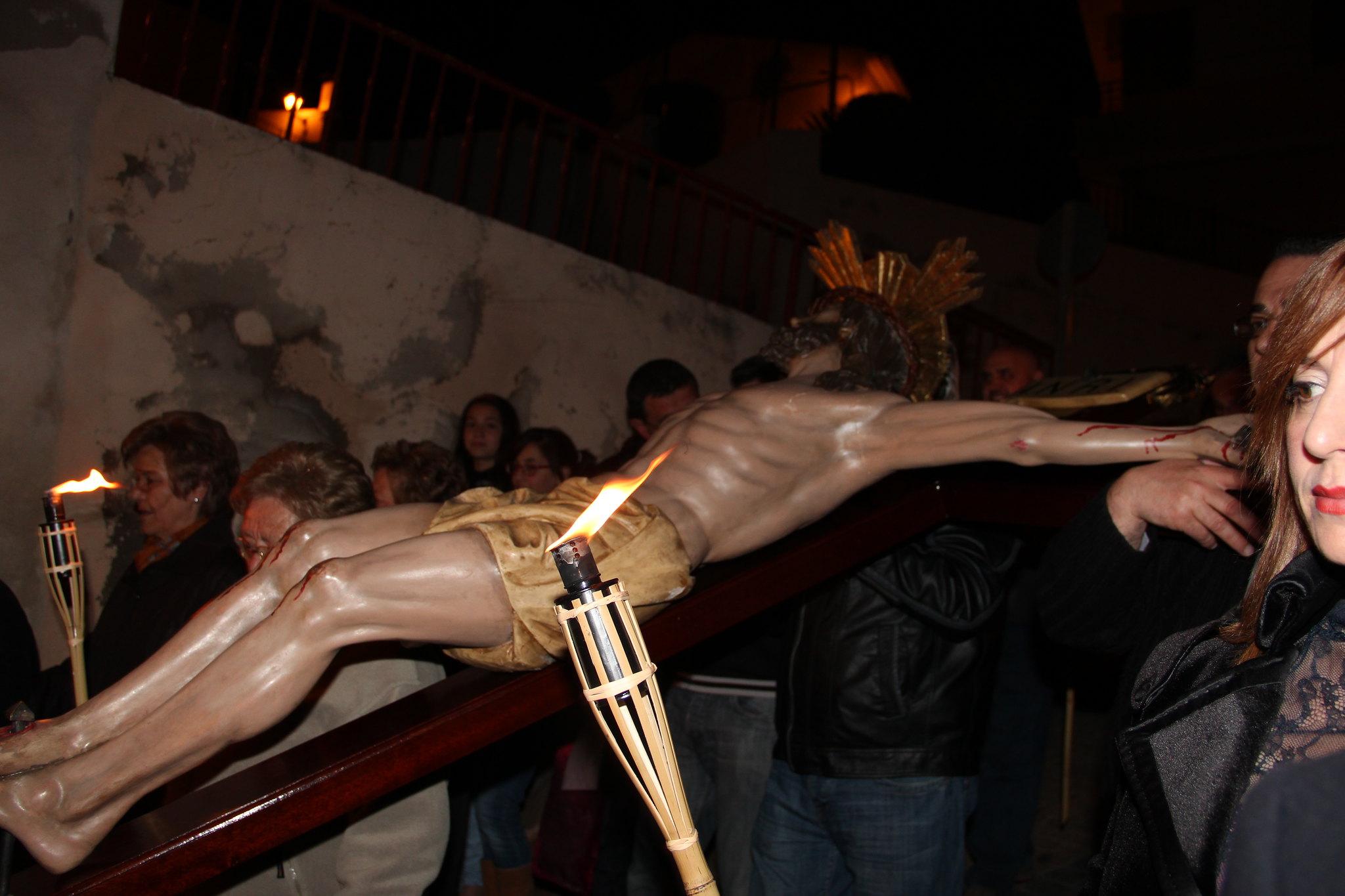 (2012-03-30) - III Vía Crucis nocturno -  Antonio Verdú Navarro  (08)