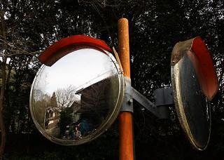 Woman in the mirror | by blondinrikard