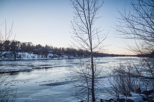 winter sunset snow cold minnesota river us unitedstates mississippiriver bentoncounty saukrapids