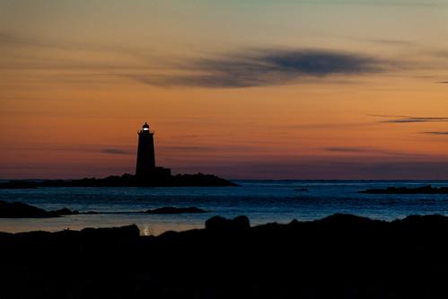 ocean sunset lighthouse maine coastline fortfoster whalebacklight whalebacklighthouse robertallanclifford robertallancliffordcom