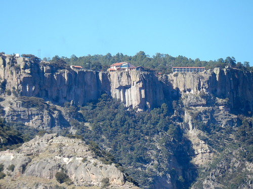 Parque de Aventura Barrancas del Cobre - uitzicht op hotel